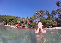 Nany sendo feliz em Sai Nuan 2.